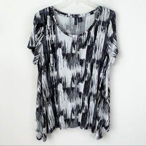 Cynthia Rowley tunic top 2X black whites coop neck